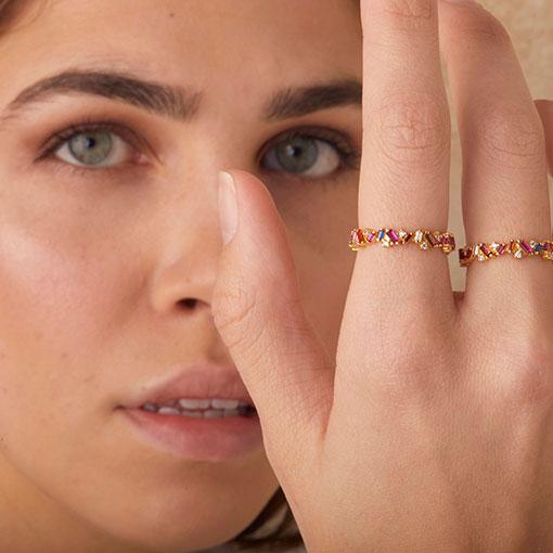 joyas anillos queen gold