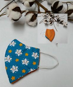 mascarilla homologada para niño y niña con estampado de estrellas y color naranja y azul