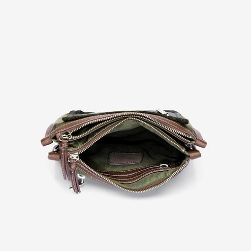 bolso bandolera de la marca abaccino parte interior en verde