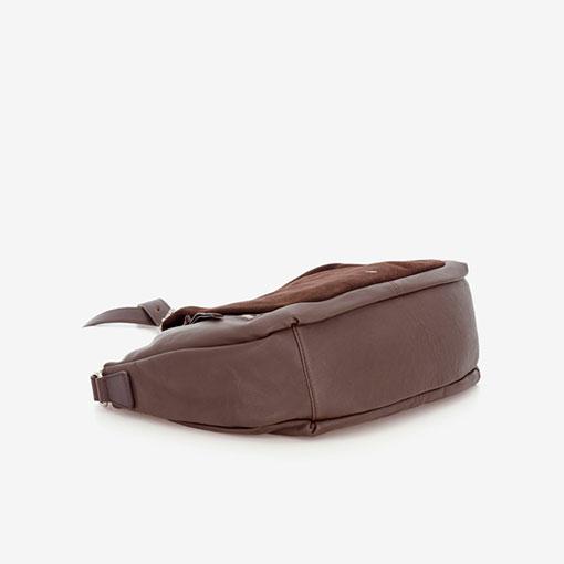 bolso bandolera de la marca abaccino en piel combinada de color marrón parte baja