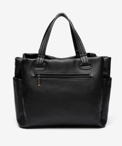 bolso shopping de la marca abaccino en color negro con gran capacidad por su parte delantera