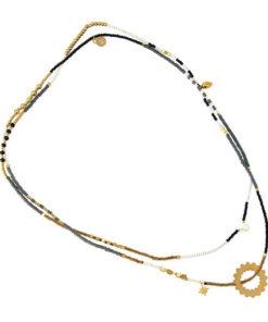 collar de abalorios y circulo central de la marca anartxy
