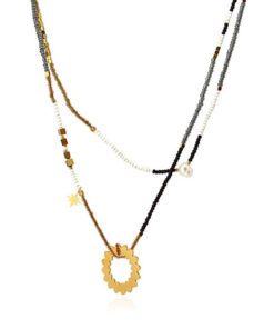 collar de abalorios con doble vuelta y circulo central de la marca anartxy