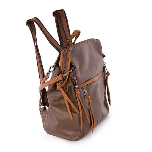 trasera mochila y bolso sport de la marca martina k