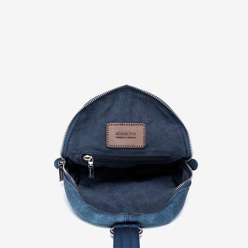 mochila de una sola asa de la marca abaccino color azul parte interior