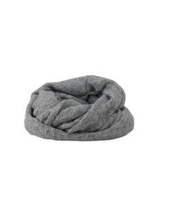 tubular liso de la marca zarucho con tela calada en color gris