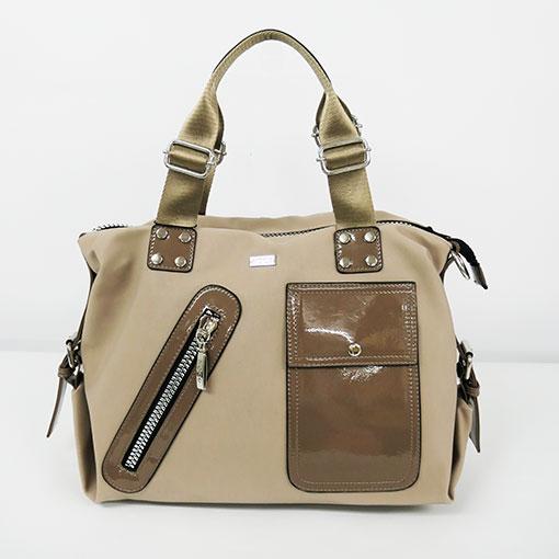 bolso engomado en color beige de la marca noco complementos