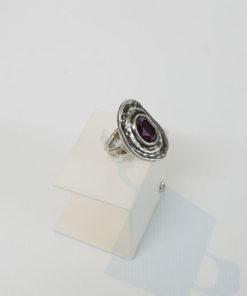 anillo teotl morado de la marca uno de 50