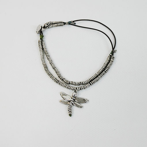 colgante libélula de la marca uno de 50