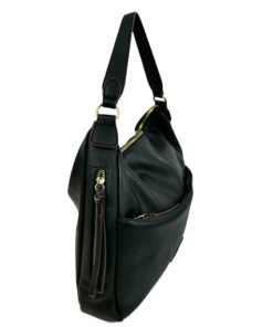 lateral del bolso hobo en color negro de la marca abbacino