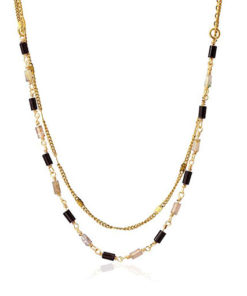 collar de piedras en colores negros de la marca anartxy