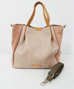 correa del bolso izaro en color rosa de la marca ferchi