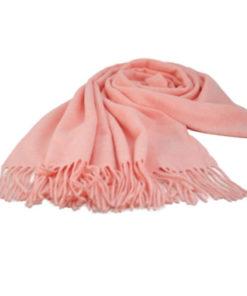pasmina lisa flecos en color rosa